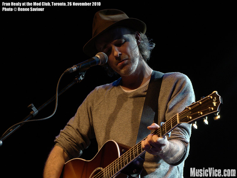 Fran Healy at the Mod Club, Toronto – Gig review and show photos