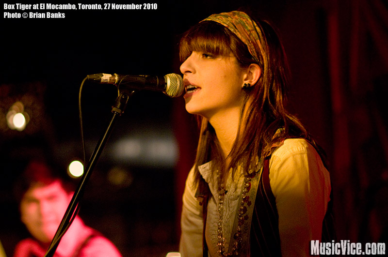 Sonia Sturino of The Box Tiger at El Mocambo, Toronto, 27 November 2010 - photo by Brian Banks, Music Vice, All Rights Reserved