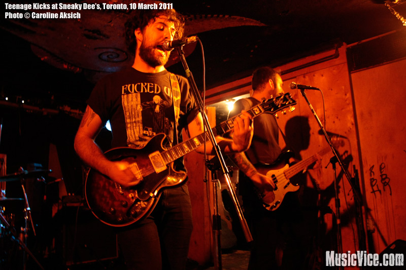 Young Galaxy at Lee's Palace and Teenage Kicks at Sneaky Dee's (CMW 2011) – Review and photos