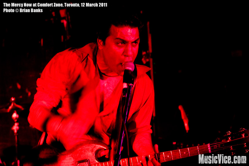 Russ Fernandes of The Mercy Now at Comfort Zone, Toronto, 12 March 2011 - photo by Brian Banks, Music Vice