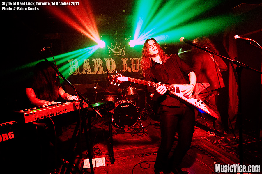Slyde at Hard Luck, Toronto, 14 October 2011 - photo by Brian Banks, Music Vice