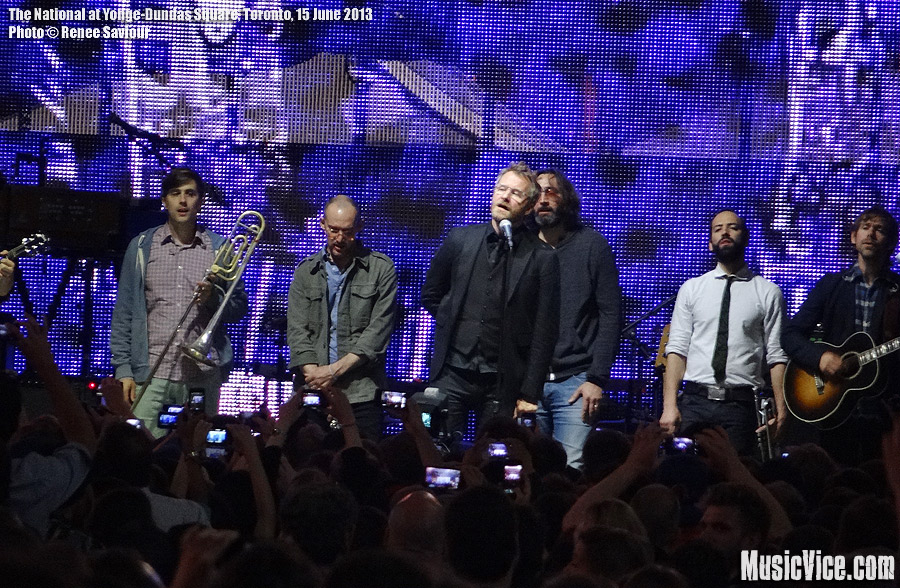 The-National-at-Yonge-Dundas-Square-Toronto-photo-Renee-Saviour-2