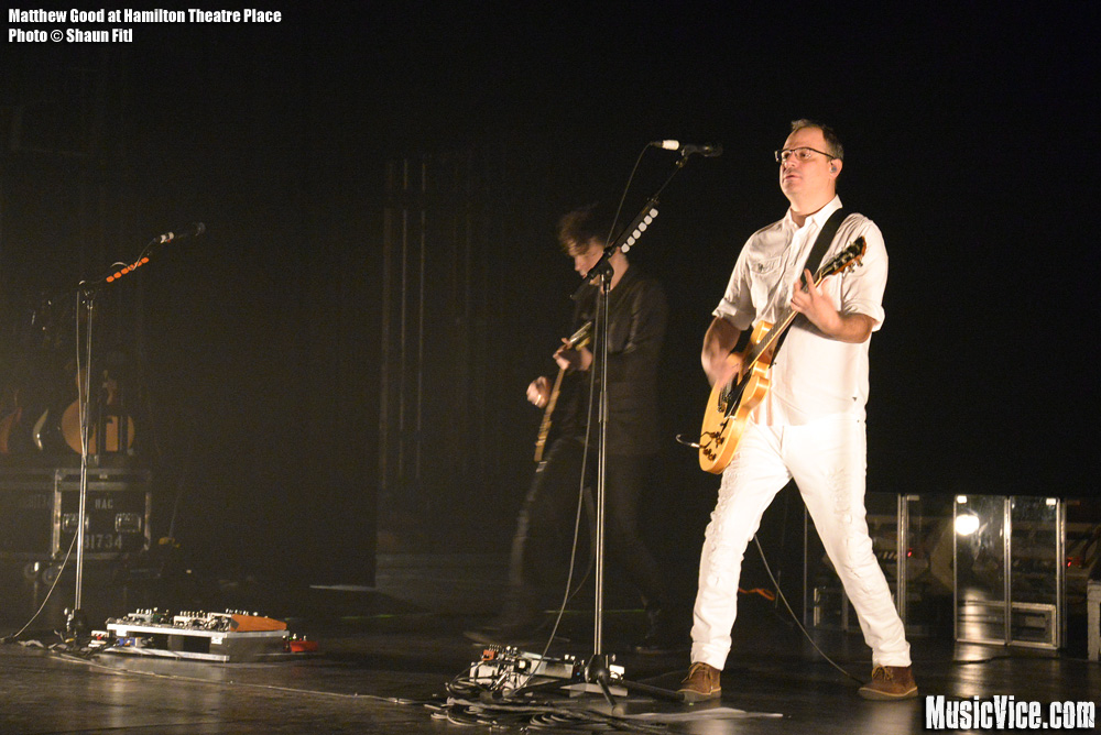 Matthew Good at Hamilton Place Theatre - photo Shaun Fitl, Music Vice