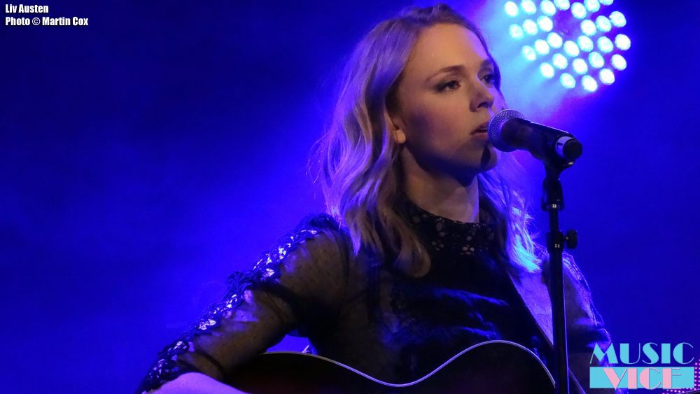 Liv Austen on stage in London - photo by Martin Cox for Music Vice