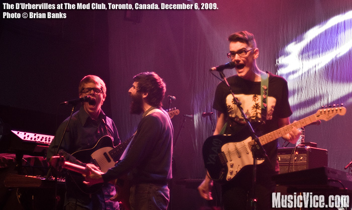The D'Urbervilles at the Mod Club, Toronto, 6 December 2009 - photo by Brian Banks, Music Vice