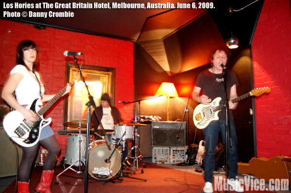 Los Hories with Hong Kong Mississippi at The Great Britain Hotel, Melbourne, 6 June, 2009 – Gig Review and Show Photos