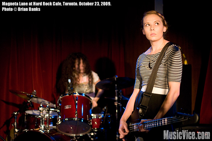 Magneta Lane at Hard Rock Cafe, Toronto, 23 October 2009 = photo by Brian Banks, Music Vice