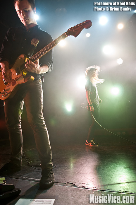 Paramore at Kool Haus, Toronto, October 15, 2009 - photo by Brian Banks - Music Vice