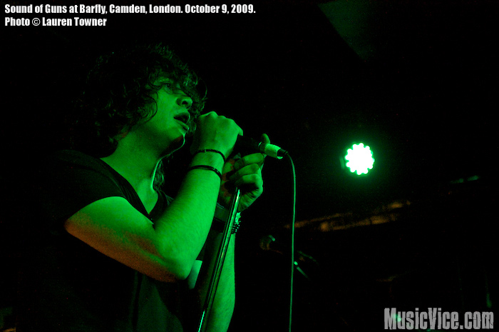 Sounds of Guns at Barfly, Camden, London, 9 October 2009 - photo by Lauren Towner - Music Vice